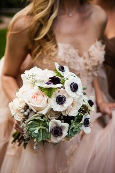 Navy and Blush Wedding Ideas for Fall