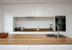 Kitchen 2 - West Cliff, Whitstable, Kent — The Modern House Estate Agents: Architect-Designed Property For Sale in London and the UK Kitchen Interior, New Kitchen, Kitchen Dining, Kitchen Cabinets, Whitstable Kent, Timber Flooring, Estate Agents, Architect Design, Clean Design