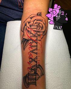 Red Ink Tattoos, Girly Tattoos, Pretty Tattoos, Mini Tattoos, Rose Tattoos, Body Art Tattoos, Tatoos, Cool Girl Tattoos, Woman Body Tattoo