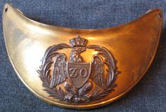 Hausse col 30e de Ligne, Hausse-col, doré, ornement central argenté (Collection privée)