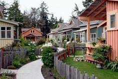 Umatilla Hill Cottages in Port Townsend ... I am totally loving the idea of living in this type of neighborhood, and these types of homes.