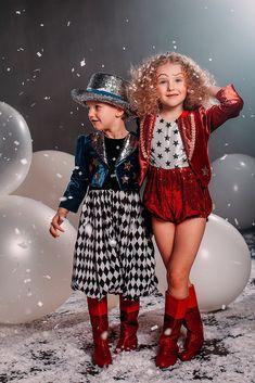 Детский фотопроекты Circus Fashion, Retro Fashion, Kids Fashion, Toddler Halloween Costumes, Baby Costumes, Vintage Circus Costume, Circus Outfits, Kids Dress Up, Circus Party