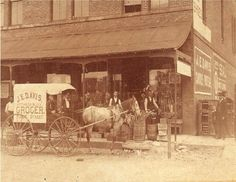 I need to search & see if this is my kin.....James Edgar Davis General store 1905, Live Oak, Florida