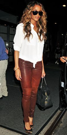 ciara - Brown leather pants and a white blouse Ciara Style, Cute Pants Outfits, Girl Outfits, Star Fashion, Look Fashion, Womens Fashion, Fashion 2015, Fashion Trends, Lederhosen Outfit