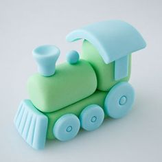 How to make a fondant train cake topper