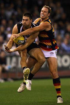 Ben Rutten Adelaide Crows vs Chris Dawes Collingwood Magpies
