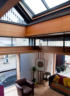 I love the ability for this house to close ingeniously designed shutters and get snug and warm in winter. Murphy House, Edinburgh – Richard Murphy Architects