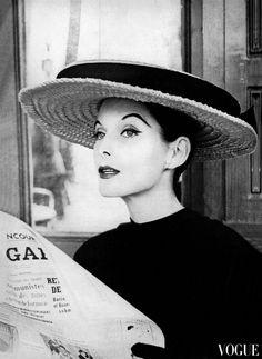 Anne St. Marie, Vogue, April 1955. Photo Karen Radkai.