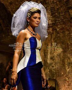 Una nuvola di tulle e di inserti in seta! Sfilata @missartemodaitalia Abito: @cristinabertuccelli  Hairsyle: @michelacinini Gioielli: @rosannapasquini Foto: Michelangelo Bisconti  #cappello #cappelli #hat #instalike #instafun #instalife #fashion #womenfashion #madeinitaly #livorno #madeinitaly #moda #modadonna #fascinator #artigianato #modisteria #modella #modelle #fashionphoto #accessori #stile #style #l4l #concorso #modella #modelle #bellezza #model #girl
