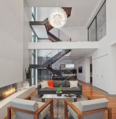 Situated in Chicago, Illinois, this modern single family property close to Lake Michigan was designed by Joseph Trojanowski