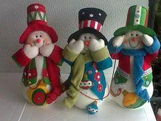 Web Christmas Decorations, Christmas Ornaments, Holiday Decor, Felt Projects, Dollhouse Dolls, Patch, Snowmen, Ideas Para, Miniatures