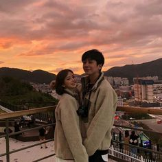 Korean Boys Hot, Korean Girl, Couple Aesthetic, Korean Aesthetic, Ulzzang Couple, Ulzzang Girl, Dear Boyfriend, Cute Couple Outfits, Boy And Girl Best Friends