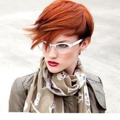 Gorgeous pixie with a side swept fringe, and glasses to show just how cute the pixie/glasses combo can be