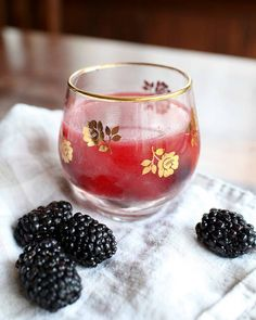 Blackberry Tequila Smash