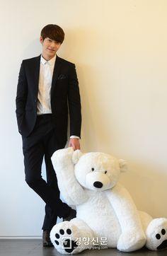 Kim Woo Bin & Lee Jong Suk, [2013/12/18] Kim Woo Bin @ kyunghyang ...