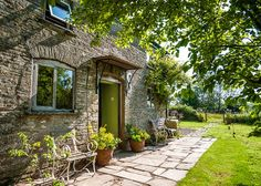 Living Large In Small Spaces - Chapel Cottage Welsh Cottage, Space Series, Cottage Style Decor, Herefordshire, Cottage Homes, Great Places, House Tours, Future House, Small Spaces
