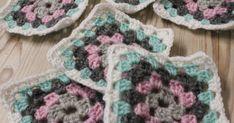 """No jopas, viime yönä kävi niinkuin """"Kolme yötä jouluun on""""-kappaleessa, nukahdin koneelle kun latasin kuvia blogiin. Työpäivän aikana ... Blanket, Crochet, Ganchillo, Blankets, Cover, Crocheting, Comforters, Knits, Chrochet"""