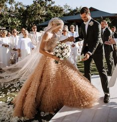 Tendance Robe du mariée Blush wedding dresses get us every time. Who else is a fan of this gorgeous Dior Dior Wedding Dresses, Stunning Wedding Dresses, Wedding Gowns, Bridesmaid Dresses, Wedding Dress Not White, Star Wedding, Dream Wedding, Wedding Things, Perfect Wedding