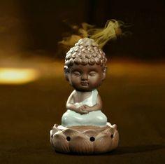 Chinese longquan Celadon porcelain tea pet Buddha lotus Chassis  Incense burner