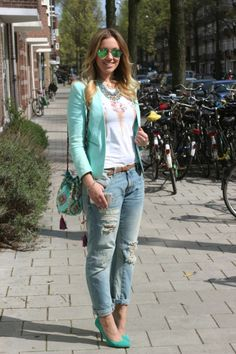 Blonde Fashiontale: Outfit: In love with my boyfriend(jeans)