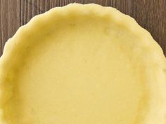 What a simple and delicious low sodium pie crust from 4 simple ingredients you can find around your house. Low Sodium Diet Plan, Low Sodium Recipes, Easy Pie, Pie Crust Recipes, Nut Free, Plant Based Recipes, Good Food, Easy Meals, Cooking Recipes