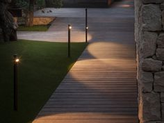 Designed by Antoni Arola & Enric Rodríguez for Vibia Bamboo lamps are characterised by their slender silhouette which integrate with outdoor environments in a natural manner. This exterior collection is ideal for lighting pathways, circulation areas as we Outdoor Floor Lamps, Outdoor Flooring, Outdoor Lighting, Lighting Ideas, Landscape Lighting Design, Pathway Lighting, Night Garden, Garden Path, Garden Ideas