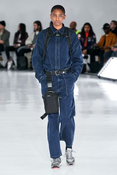Daisuke Obana took a huge risk with color, pattern, and print in his Fall 2019 Menswear show for N. Hoolywood during New York Men's Fashion Week! Mens Fashion Week, High Fashion, New York Mens, Denim Jumpsuit, Overalls, Mens Fall, Fashion Show Collection, Nike, Sportswear