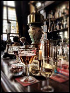 Amsterdam brown cafe by Lance Cameron Amsterdam Cafe, Amsterdam Holland, Visit Amsterdam, Amsterdam Travel, Brown Cafe, Jazz Bar, Australia Tourism, Going Dutch, Urban Setting
