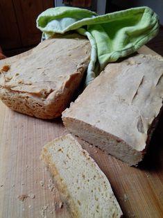 Pokračuji v experimentování. Tentokráte jsem vyzkoušela upéct bezlepkovou veku. Trochu jsem se ze začátku bála, protože to těsto fakt vypada... Bali, Bread, Food, Brot, Essen, Baking, Meals, Breads, Buns