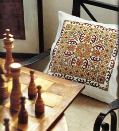 Moroccan pillow---with charts