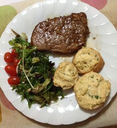 Ribeye steak, salad and cauliflower purée on baguette