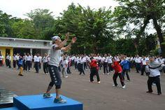 Dharma Wanita Persatuan Bakamla RI Ikut Meriahkan HUT Ke-2/44 Bakamla RI Padang, Basketball Court, Food, Essen, Meals, Yemek, Eten