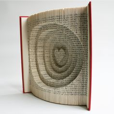 Book Folding Pattern + cuts Heart and Circles : + Free printable downloads (pdf) to personalise your book art and full step by step tutorial