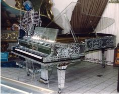 The funny colored piano thread Baldwin Piano, Piano Brands, Crystal Lake Il, Play That Funky Music, Art Case, Spotify Playlist, Musical Instruments, The Funny, Musicals