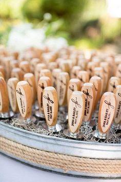 Oyster Wedding on Pawleys Island by Cynthia Rose - Southern Weddings