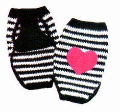 tejidos artesanales en crochet: capa chic con aplique para nuestra mascota Crochet Dog Clothes, Crochet Dog Sweater, Dog Sweater Pattern, Dog Pattern, Pet Clothes, Free Pattern, Chat Crochet, Love Crochet, Crochet Gifts