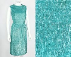 VTG 60s TURQUOISE BLUE METALLIC TINSEL SLEEVELESS SHEATH COCKTAIL PARTY DRESS S