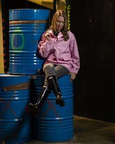 Wellies Rain Boots, Rain Suit, Going To Rain, Bronze, Beautiful Girl Image, Rain Wear, Girls Image, Photo Editing, Raincoat
