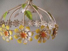 Tole Metal Flower Power Daisy Light Fixture ~ Vintage Butterfly 94