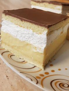 A családom is nagyon szereti Hungarian Desserts, Hungarian Cake, Hungarian Recipes, Sweet Recipes, Cake Recipes, Dessert Recipes, Cake Bars, Winter Food, Vanilla Cake
