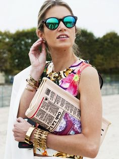 Floral + mirrored sunglasses + chunky gold jewelry