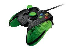 Razer Wildcat, un mando para jugar en serio en la Xbox One. El nuevo mando Razer Wildcat para Xbox One es un 25% más ligero que mandos específicos actuales (pesa 260 gramos), se ha modificado ligeramente la ergonomía respecto al original de Microsoft, mejorando especialmente el agarre, y se ha incluido un panel de control con el que sea más rápido y directo el cambio de perfil de configuración.