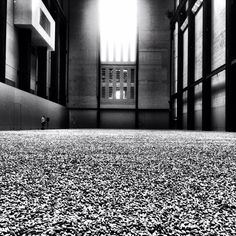 Ai Weiwei's Sunflower Seeds - Turbine Hall - Tate Modern Turbine Hall, Sunflower Seeds, Installation Art, Favorite Things, Spaces, London, Fine Art, Architecture, Modern