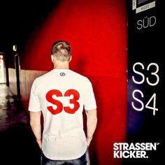 "STRASSENKICKER on Instagram: ""KÖLN IST KURVE - S3 @poldi_official www.strassenkicker.com #poldi #lp10 #strassenkicker #KölnIstKurve #köln #S3 #effzeh #streetwear #style"""