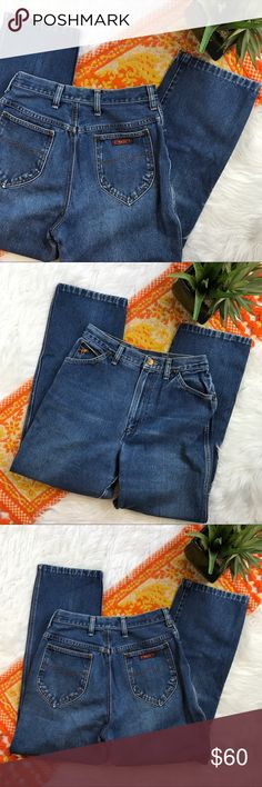 Vintage wrangler retro sky high mom jeans So cute! In great vintage condition! Waist measures at 14 inches straight across. Inseam-27.5, rise-12.5 these are from the 80s! *** no modeling or trades! Wrangler Jeans