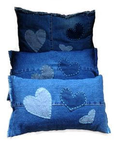 39 Ideas sewing projects bags old jeans diy Jean Crafts, Denim Crafts, Diy Jeans, Sewing Pillows, Diy Pillows, Decorative Pillows, Throw Pillows, Blue Pillows, Jeans Recycling