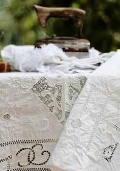Lace | Vintage Sewing Machine