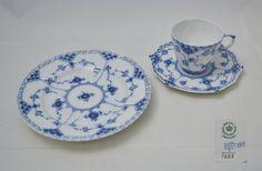 Royal+Copenhagen++blue+fluted+full+lace+-+Espresso+set+++#RoyalCopenhagen