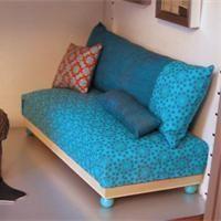 Canapé de maison de poupée  Fabriquer un jouet - Loisirs créatifs
