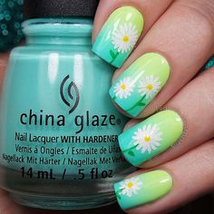 Added some fun daisies! These colors just get meheart_eyes Tutorial coming soon. Gradient tutorial has already been posted. I used: @chinaglazeofficial White On White, Grass Is Lime Greener, Highlight Of My Summer, and Too Yacht To Handle @winstonia_store Kolinsky brushes #000 and #0000 @simplenailarttips Simply Peel - Available at the link in my IG bio White, yellow, and green acrylic paint @sechenails Seche Vite All polishes are from @hbbeautybar green_heart Use my code…